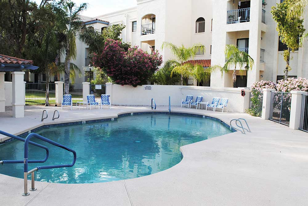 Pool at Fellowship Square Phoenix independent living