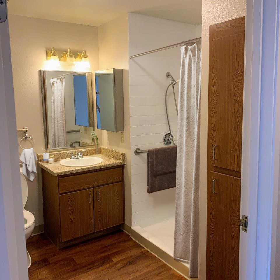 Photo of bathroom in assisted living studio for seniors